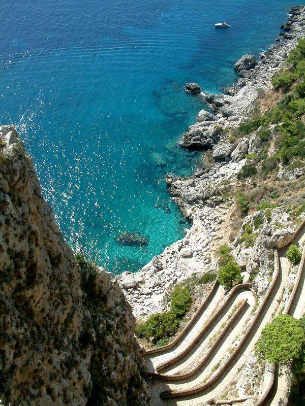800px-Capri_Widok_z_Ogrodu_Augusta